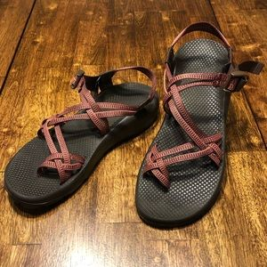 Nice!! Chaco Vibram Women's Sandals sz 12